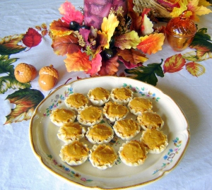 No Bake Pumpkin Cheesecake Mini Tarts