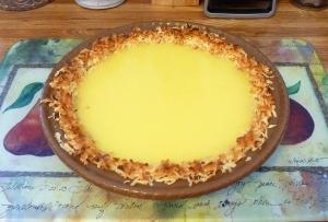 Filled pie crust