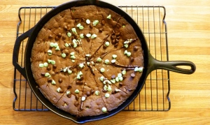 Dark Chocolate Mint Chip Skillet Cookie